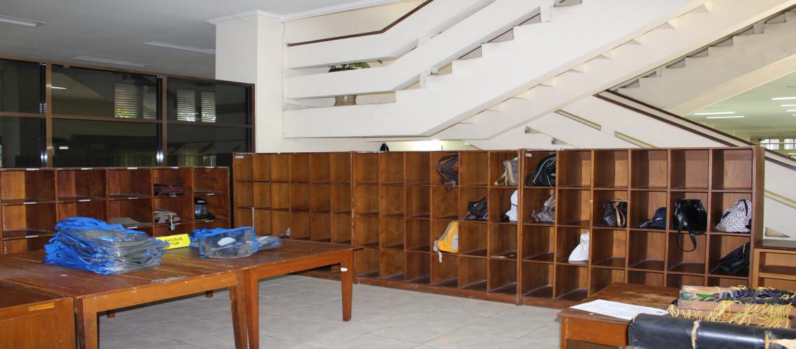 Tempat Penitipan Tas UPT Perpustakaan UNY