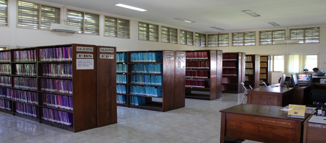 Ruang Baca dan Koleksi Desertasi, Tesis, Skripsi Lantai 3